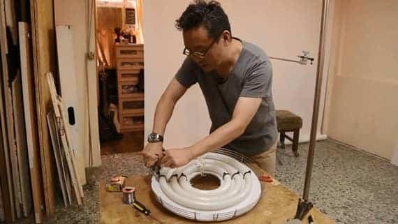 Fabriquer sa ring light à partir d'un tuyau d'évacuation en plastique blanc
